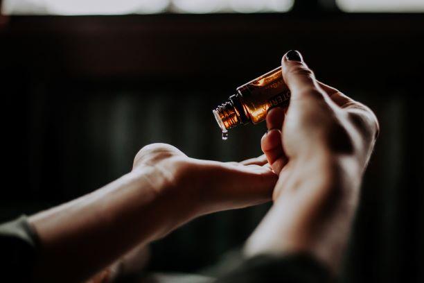 http://www.mydoterra.com/emmaschmid Essential Oils  DoTerra